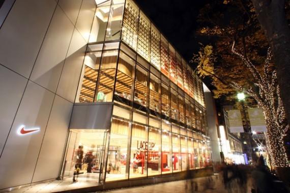 日本东京原宿耐克(nike)专卖店设计